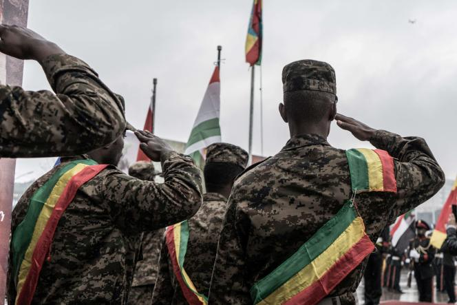 Lors de la cérémonie d'adieu aux nouvelles recrues rejoignant les forces militaires éthiopiennesau Tigré, à Addis-Abeba, le 27 juillet 2021.