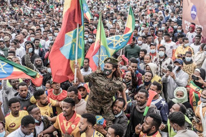 Cérémonie d'adieu pour les nouvelles recrues rejoignant les forces militaires éthiopiennes au Tigré, à Addis-Abeba, le 27 juillet 2021.