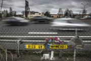 Hommage aux victimes d'un accident mortel sur l'autoroute A7 à Lyon, en avril 2015.