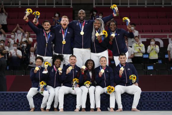 JO de Tokyo 2021 : revivez la moisson de médailles de l'équipe de France