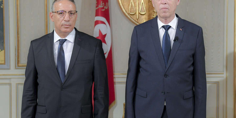 En Tunisie, la nomination du nouveau chef du gouvernement se fait attendre