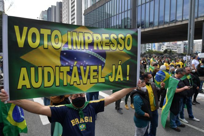 Mereka adalah ribuan pendukung Bolsonaro di Paulista Avenue di Sao Paulo (Brasil) pada Minggu, 1 Agustus.