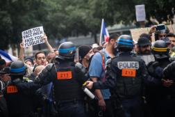 Manifestation contre l'instauration d'un passe sanitaire, place de Clichy, à Paris, le 31 Juillet 2021.