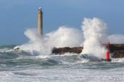 Le phare de Goury, à 800 mètres du cap de la Hague (Manche).