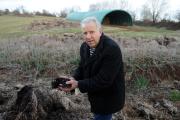 Le « paysan chercheur» Marcel Mézy à Montrozier (Aveyron), le 5 mars 2012.