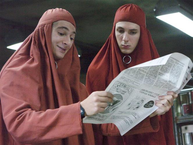 Juto (Anthony Sonigo) et Jacky (Vincent Lacoste) dans«Jacky au royaume des filles» (2013), de Riad Sattouf.