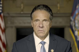 Le gouverneur de New York, Andrew Cuomo, lors d'une allocutionretransmise à la télévision, le 3 août 2021.