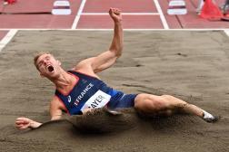 Le rêve de titre olympique aux JO de Tokyo s'éloigne pour Kevin Mayer, touché au dos.