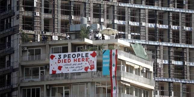 Un an après l'explosion, une aide internationale promise au Liban et des milliers de personnes rassemblées à Beyrouth