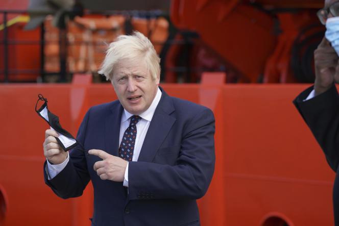 Le premier ministre britannique Boris Johnson, le 5 août à Fraserburgh, en Ecosse.
