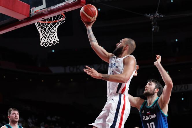 Der französische Basketballspieler Yvan Fournier im Halbfinale (Sieg) gegen Slowenien, Donnerstag, 5. August in Saitama.