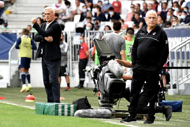 Pascal Justin (rechts), coach van Claremont, tijdens de Ligue 1-wedstrijd tegen Bordeaux, 8 augustus 2021.