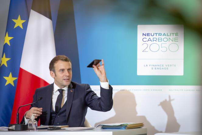 Emmanuel Macron, pada konferensi video selama pertemuan