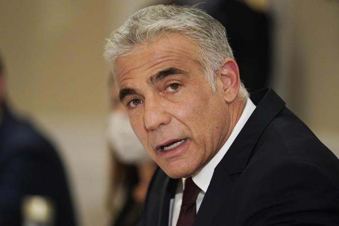Minister spraw zagranicznych Izraela Yair Lobid podczas spotkania z sekretarzem stanu USA Anthonym Blingenem w Rzymie 27 czerwca 2021 r.