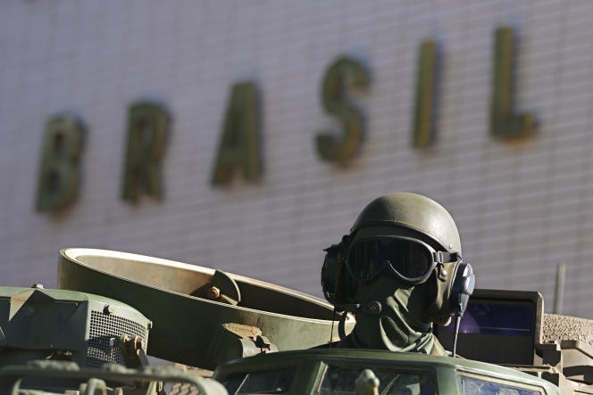 10 de agosto de 2021, durante desfile militar em Brasília.