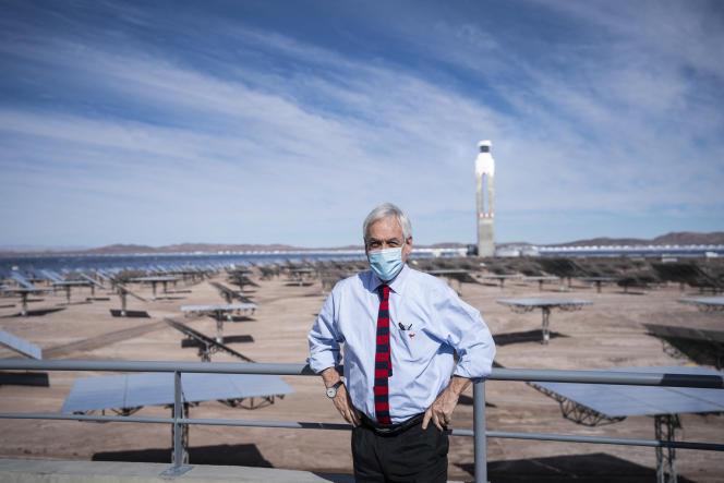 Le président chilien Sebastian Piñera lors de l'inauguration d'une centrale solaire àAntofagasta, dans le désert d'Atacama, le 8 juin 2021.