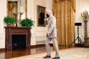 Le président américain Joe Biden dans l'East Room de la Maison Blanche, à Washington, le 6 août 2021.