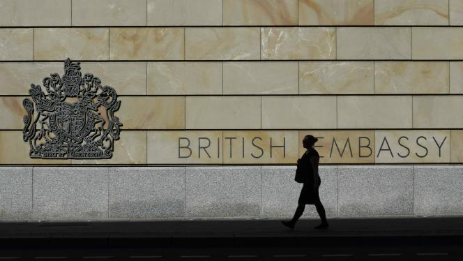 An employee of the British embassy in Berlin has been arrested on suspicion of spying for Russia.