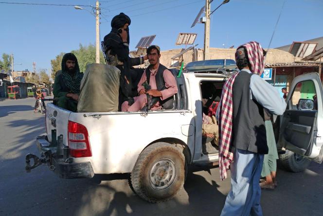 Taliban sekarang menguasai lebih dari seperempat ibukota provinsi Afghanistan.