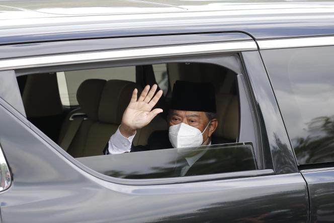 Perdana Menteri Malaysia, Muhyiddin Yassin, tiba di Istana Nasional untuk bertemu dengan Raja di Kuala Lumpur pada 16 Agustus 2021.