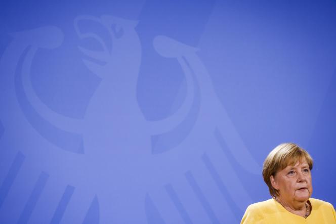 Bundeskanzlerin Angela Merkel spricht bei einer Pressekonferenz zur Lage in Afghanistan am 16. August 2021 im Präsidentenpalast in Berlin.