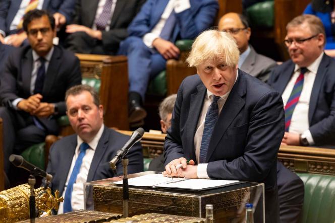Le premier ministre britannique, Boris Johnson, devant la Chambre des communes, le 18 août.
