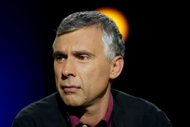 Le journaliste Daniel Schneidermann, à Paris,enoctobre 2003.