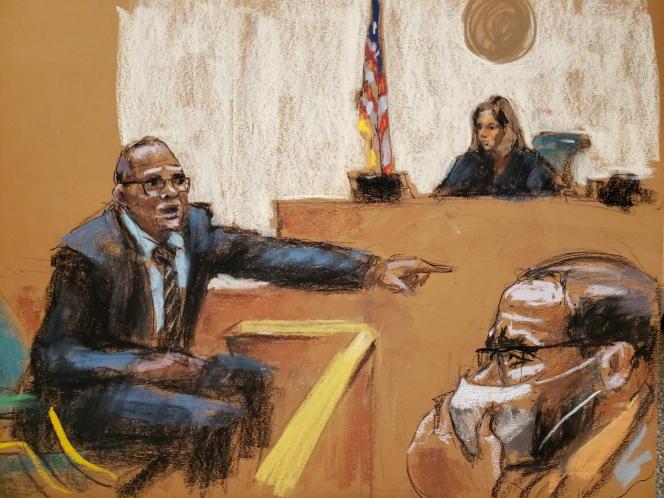 Menedżer R. Kelly'ego, Demetrius Smith, zostaje przesłuchany w sądzie na Brooklynie w Nowym Jorku 20 sierpnia 2021 r.