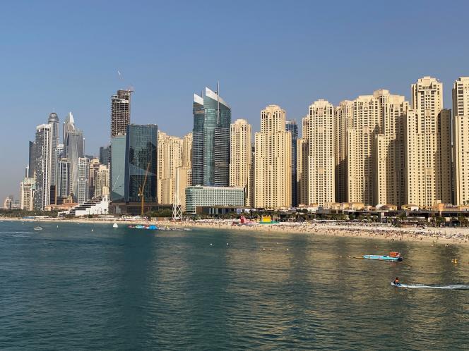 Une vue générale d'immeubles résidentiels à Dubaï (Emirats arabes unis), en mars 2021.