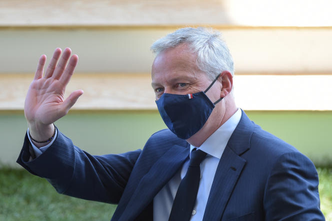 Le ministre de l'économie, Bruno Le Maire, à l'université du Medef, sur l'hippodrome de Longchamp, à Paris, le 25 août 2021.