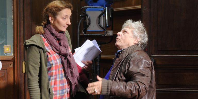 PHOTOPQR/POPULAIRE DU CENTRE/Brigitte AZZOPARD ;  ; 11/05/2017 ; Chateau de Ligoure (commune de Le Vigen). Tournage de la série Capitaine Marleau. Corinne Masieroavec la réalisatrice Josée Dayan , à droite.
