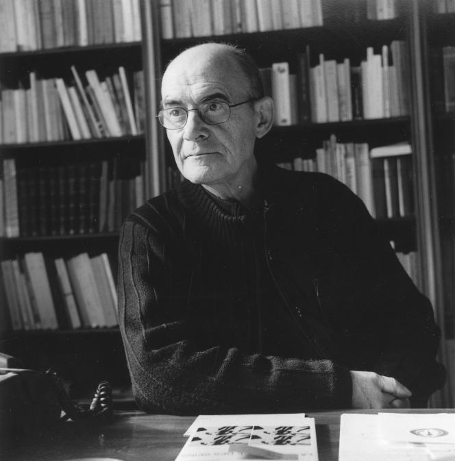 Le philosophe Jean-Luc Nancy, en 2004, à son domicile strasbourgeois.