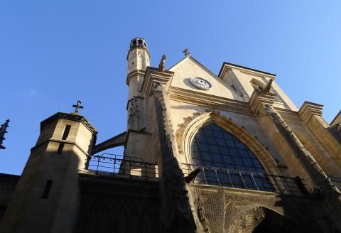 Façade de l'église Saint-Merry, Paris.