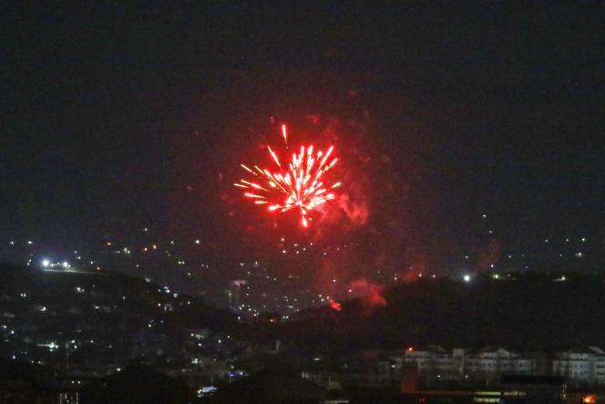 Scatti festosi hanno illuminato il cielo sopra Kabul, martedì 31 agosto, dopo che gli ultimi soldati statunitensi avevano annunciato di lasciare il Paese.