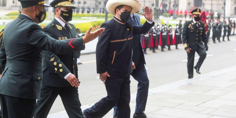 Au Pérou, les débuts difficiles du gouvernement Castillo