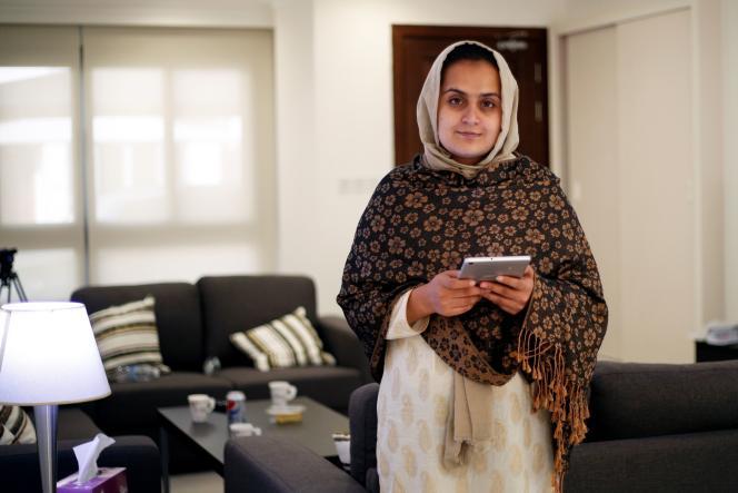 Παρουσιάστρια στο ιδιωτικό αφγανικό τηλεοπτικό κανάλι Tolo News, η Beheshta Arghand κατέφυγε στο Κατάρ φοβούμενη για τη ζωή της καθώς οι ισλαμιστές ανέλαβαν τον έλεγχο της χώρας.  Εδώ στο Κατάρ την 1η Σεπτεμβρίου 2021.