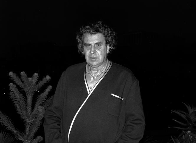 Mikis Theodorakis, en octobre 1989 à Athènes.