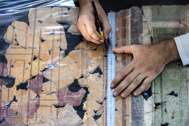 Les fragments de fresques retrouvées à Arles sont stockées dans 800 caisses.