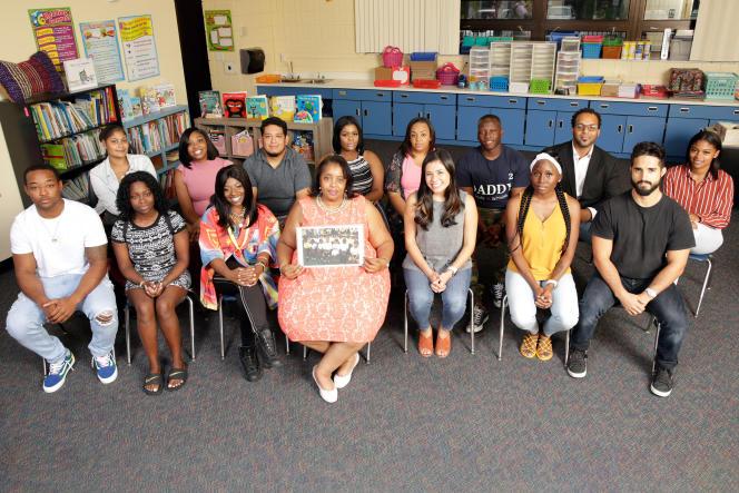 Les élèves de la classe de CE1 de l'écoleEmma E.Booker à Sarasota (Floride), vingt après le 11 septembre 2001.