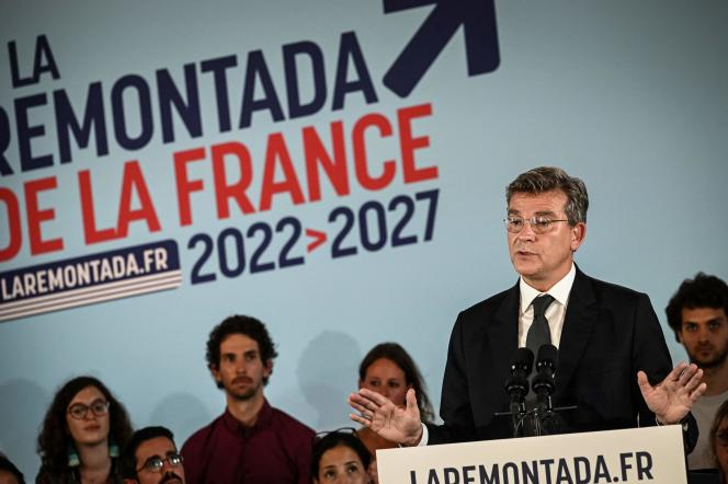 Der ehemalige Minister Arnaud Montberg gibt am 4. September 2021 seine Kandidatur für das Präsidentenamt bekannt.