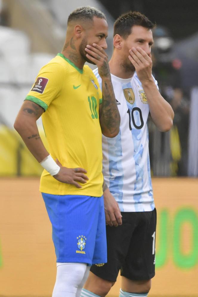 Neymar y Messi antes del enfrentamiento Brasil-Argentina en Sao Paulo, el 5 de septiembre de 2021.