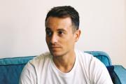 Le journaliste Hugo Clément, à Biarritz (Pyrénées-Atlantiques), le 27août 2021.