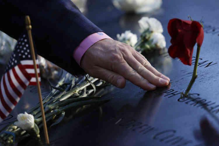 Les commémorations du 11-Septembre sont devenues une tradition annuelle, mais elles prennent cette fois-ci une importance particulière, vingt ans après ce que beaucoup considèrent comme un tournant dans l'histoire américaine.