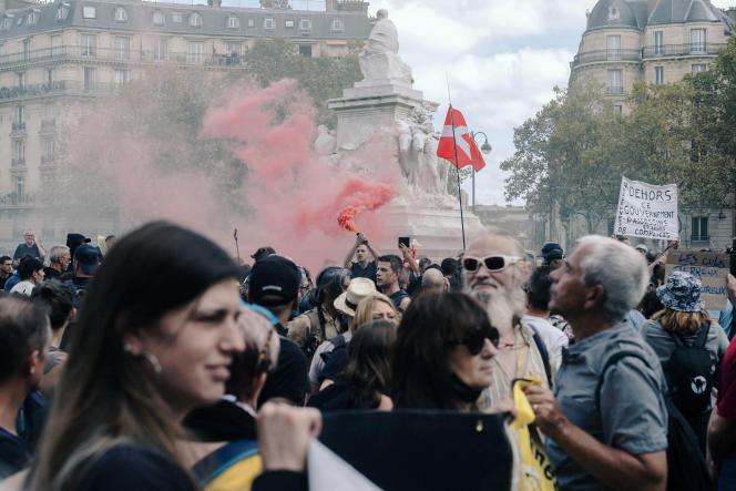 Manifestation anti-passe sanitaire, le 11 septembre 2021, à Paris.