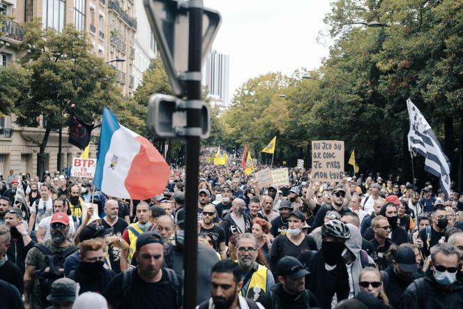 Pour la neuvième semaine consécutive, des manifestations anti-pass sanitaire ont lieu dans toute la France et dans Paris, le 11 septembre 2021.