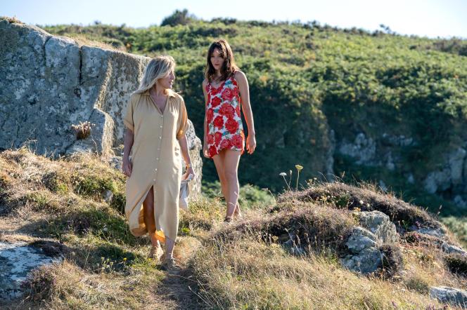 Emilie (Valeria Bruni Tedeschi), à gauche, et Anaïs (Anaïs Demoustier), dans «Les Amours d'Anaïs», premier long-métrage de Charline Bourgeois-Tacquet.