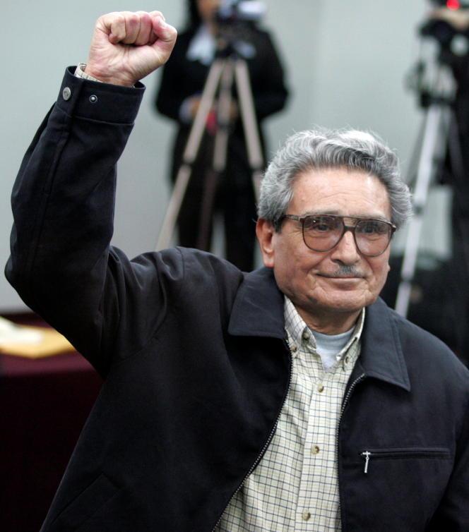 Abimael Guzman, à la prison de haute sécurité de Callao, au Pérou, le 5 novembre 2004.