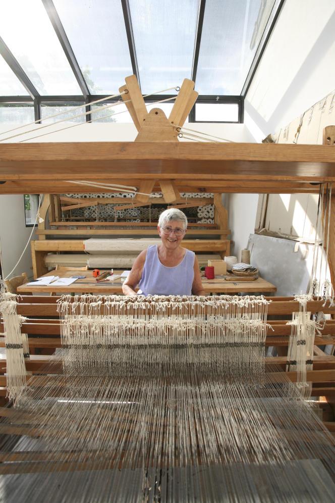 Simone Prouvé, en 2008, dans son atelier de Romainville.