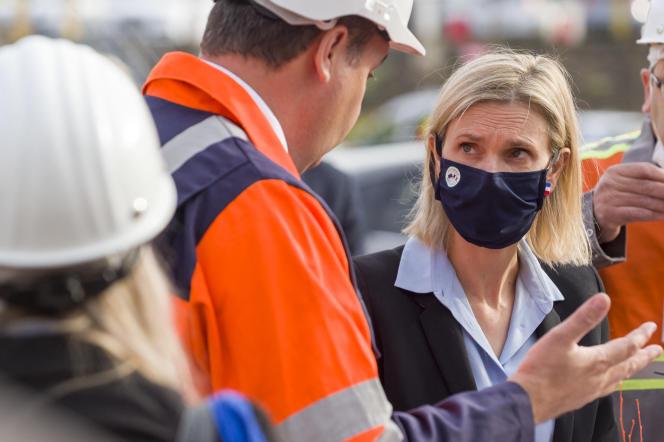Agnès Pannier-Runacher, ministre déléguée à l'industrie,à Hayange (Moselle), le 13 septembre 2021.