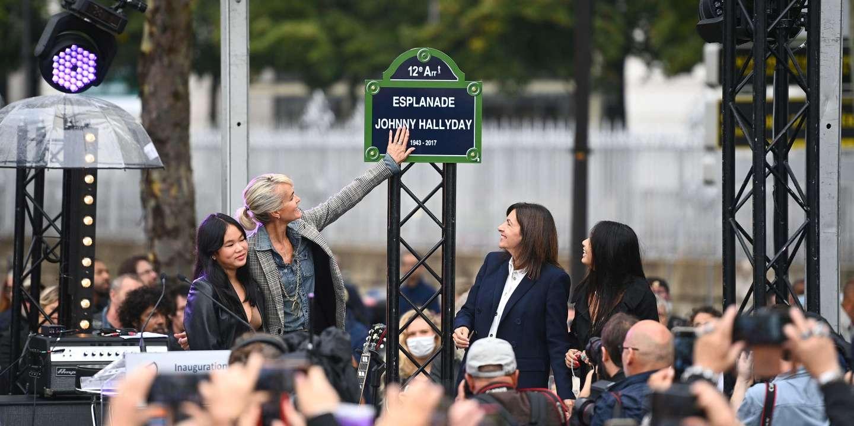 « Je n'aurais manqué ça pour rien au monde » : les fans de Johnny Hallyday rassemblés à Paris, quatre ans après la mort du chanteur